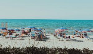 Job d'été à la plage emploi saisonnier